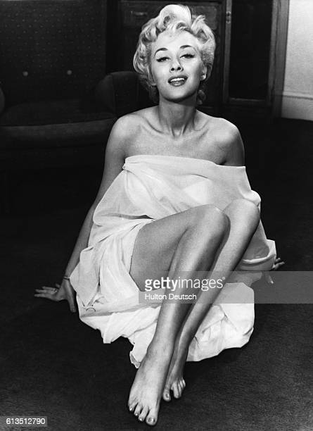 British film actress and pinup girl Carole Lesley ca 1955