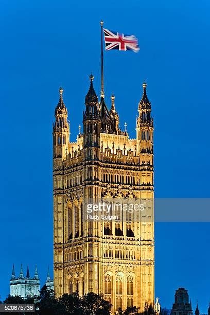 british flag on victoria tower - victoria tower stock pictures, royalty-free photos & images