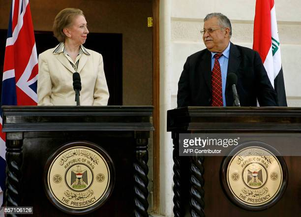 British Foreign Secretary Margaret Beckett and Iraqi President Jalal Talabani hold a joint press conference in Baghdad 05 September 2006 Talabani...