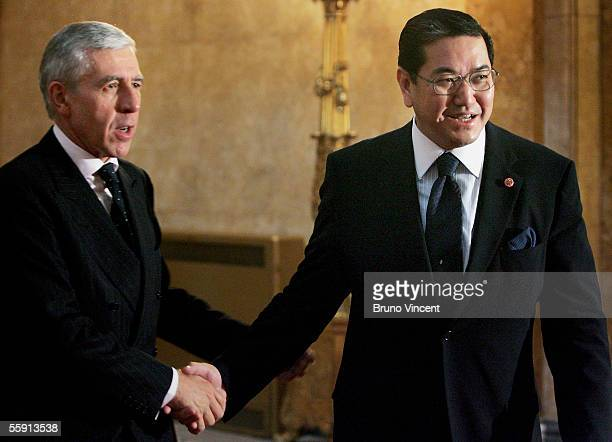 British Foriegn Secretary Jack Straw shakes hands with Thai Deputy Prime Minister HE Dr Surakiart Sathirathai in Lancaster House on October 13 2005...