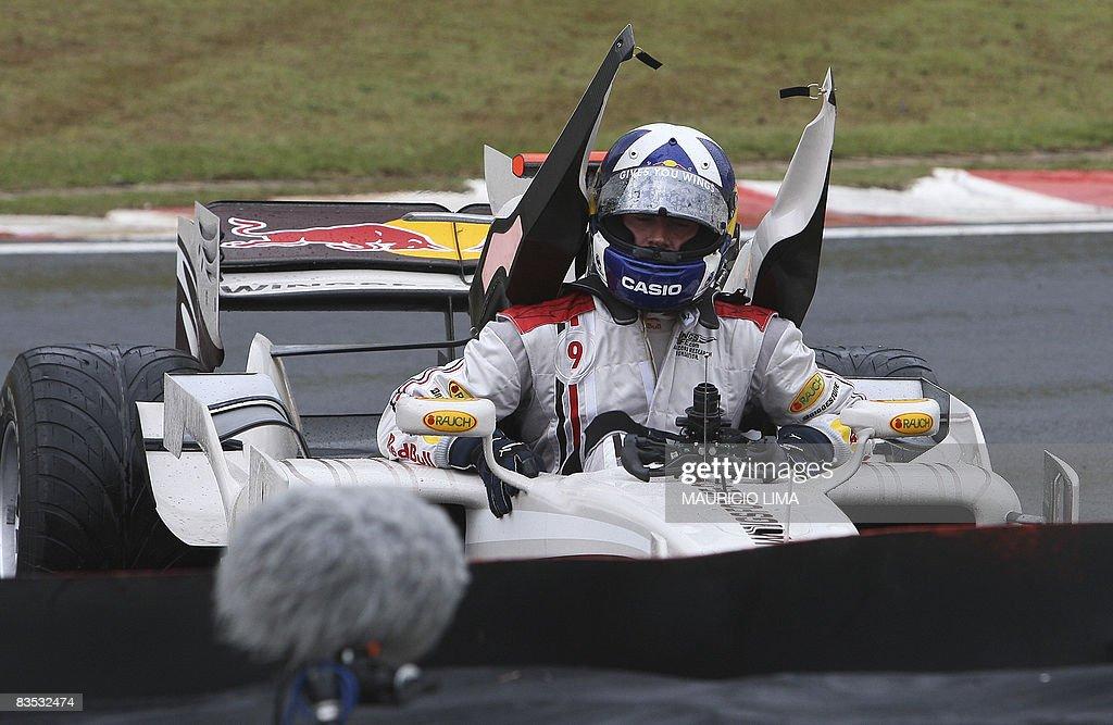 British Formula One driver David Coultha : News Photo