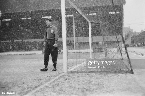 British goalkeeper Bill Brown of Tottenham Hotspur during a game against Blackpool FC UK 21st January 1963