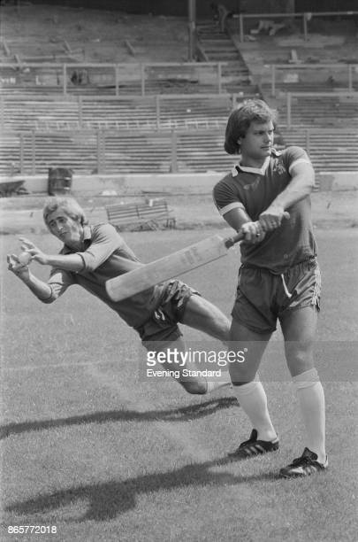 British goalkeeper Peter Bonetti and midfielder Ray Wilkins of Chelsea FC playing cricket UK 1st August 1978