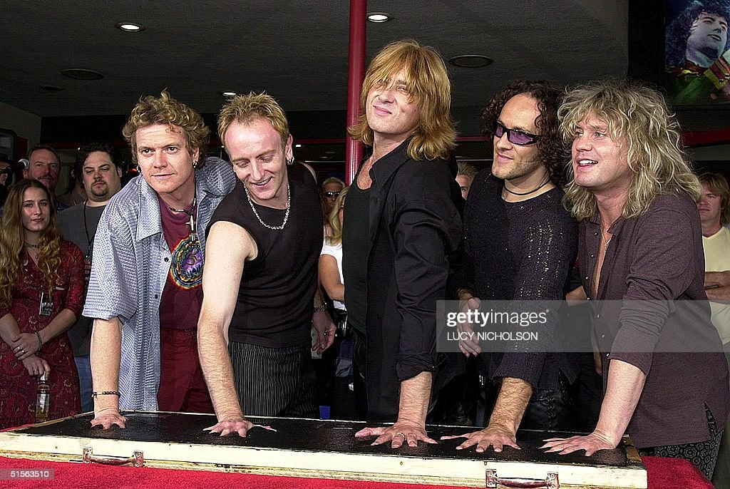 British heavy metal rock group 'Def Leppard' make : News Photo