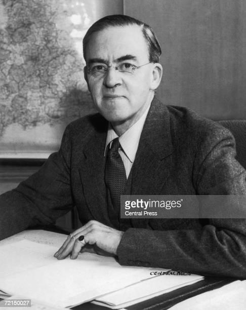 British Labour Party politician Sir Stafford Cripps circa 1935