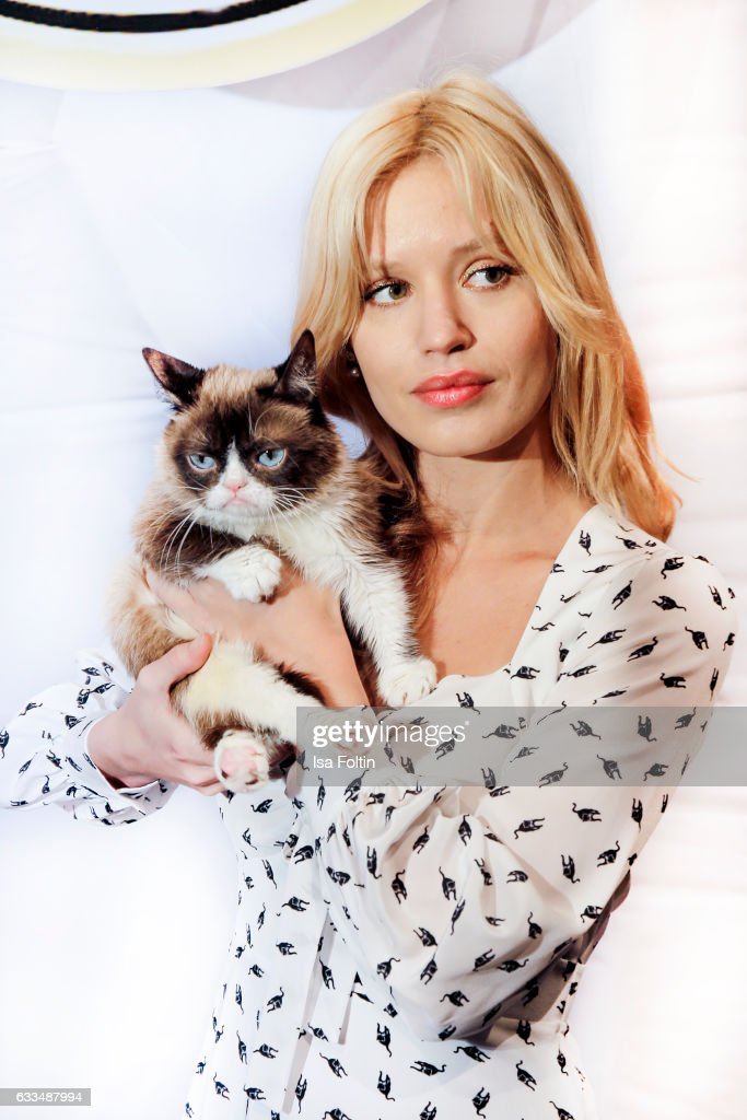 British Model Georgia May Jagger (daughter of Mick Jagger) with Grumpy Cat attends the Presentation of the new Opel Calender 2017 at Kraftwerk Mitte on February 1, 2017 in Berlin, Germany.