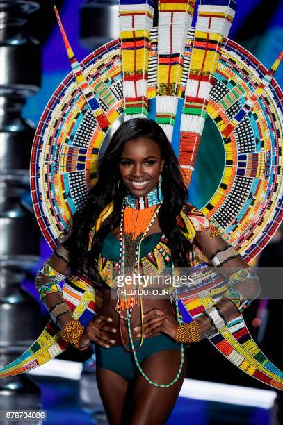 British model Leomie Anderson presents a creation during the 2017 Victoria's Secret Fashion Show in Shanghai on November 20 2017 / AFP PHOTO / FRED...