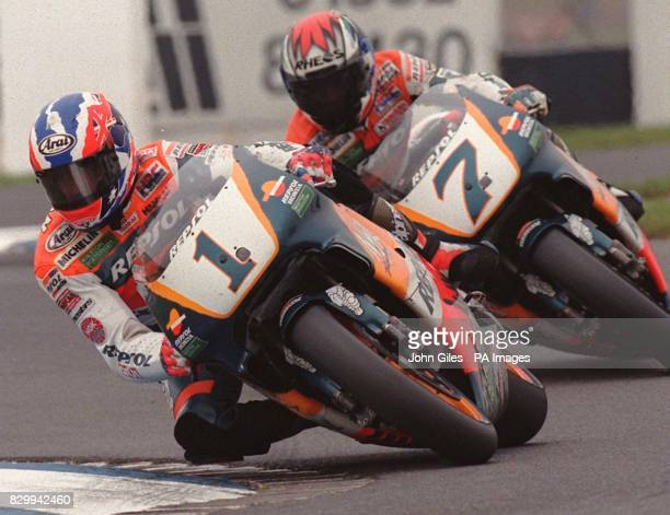 british-motor-cycle-grand-prix-winner-australian-mick-doohan-stays-picture-id829942460?s=612x612