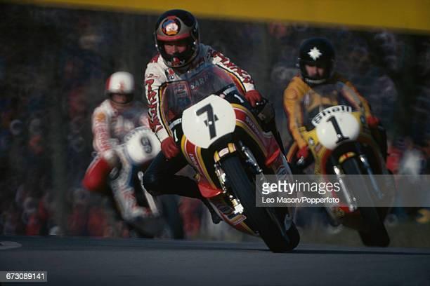 British motorcycle racer Barry Sheene competes on his Suzuki RG500 racing bike in the MarlboroTransAtlantic Challenge Trophy race at Brands Hatch...