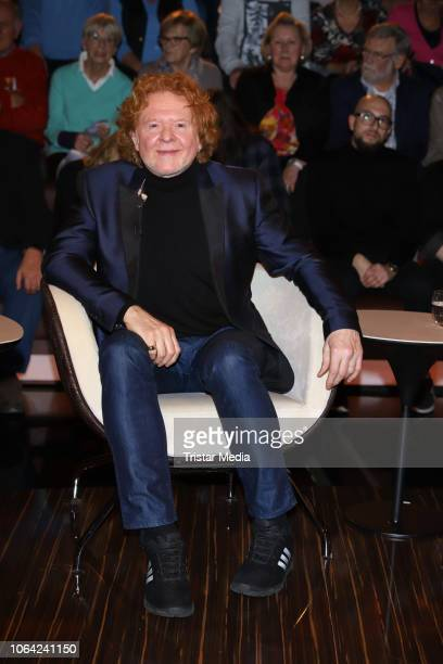 British musician Mick Hucknall during the 'Markus Lanz' TV show on November 21 2018 in Hamburg Germany