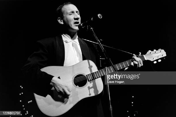 British musician Pete Townshend of the Who performs during a drugs benefit concert at the Dominion Theatre, 6th January 1986