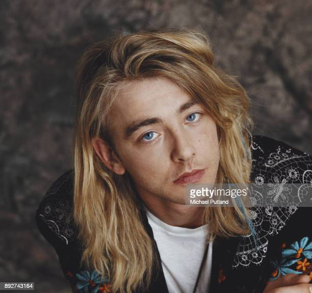 British musician singersongwriter and record producer Francis Dunnery 1989