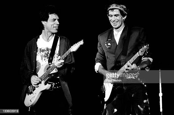 British musicians Mick Jagger and Keith Richards of the Rolling Stones performs on stage during the band's 'Steel Wheels' tour late 1989