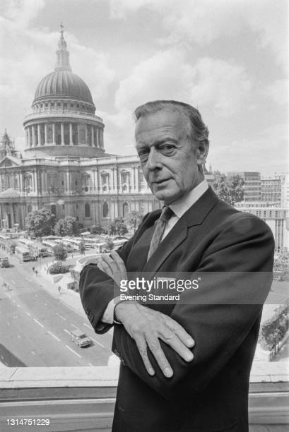 British peer Charles Moore, 11th Earl of Drogheda , the new President of the Institute of Directors, with St Paul's Cathedral in the background, UK,...
