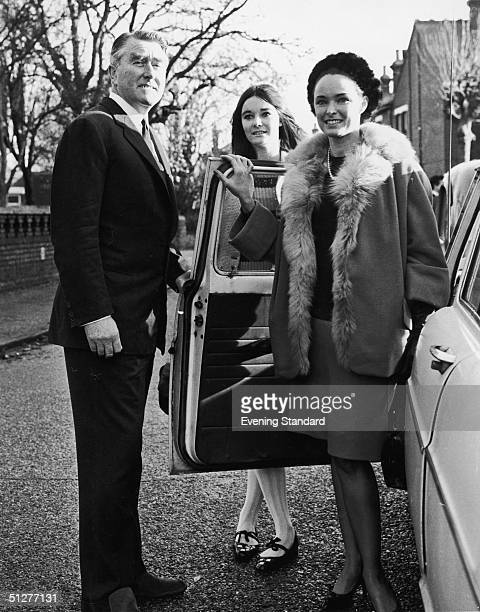 British pirate radio broadcaster Paddy Roy Bates with his wife Joan and daughter Penny during legal action which took his station Radio Essex aka...