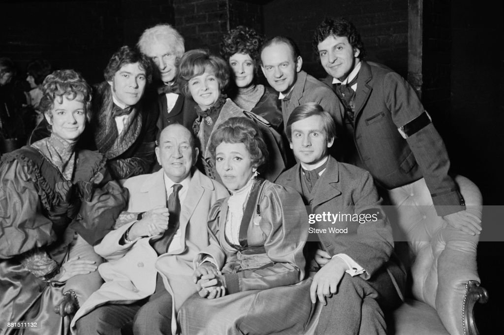 British playwright and director Noel Coward (1899 - 1973) with actors, including, Millicent Martin, Gary Bond, and Gillian Lynne at the Fortune Theatre, London, UK, 10th March 1971.