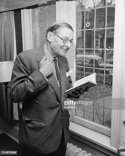 British poet TS Eliot reads through some of his earlier works before a reading for the Modern Poetry Association