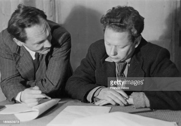 British poets Patric Dickinson and Dylan Thomas in a BBC radio studio August 1946 Original Publication Picture Post 4156 A Nest Of Singing Birds pub...