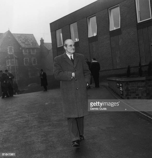 British police officer Chief Superintendent Tom Butler outside court in Aylesbury Buckinghamshire 20th January 1964 during the trial of 20 people in...