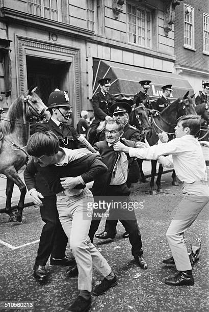 British police officers clash with demonstrators during a riot to protest about civil rights in Northern Ireland Berkeley Street London 17th August...