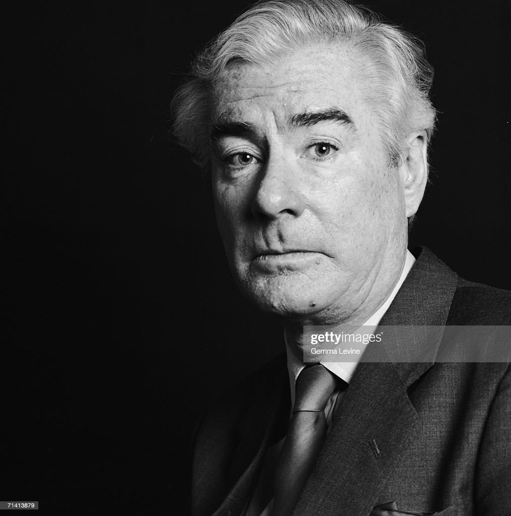 British political journalist and ITN newsreader Sir Alastair Burnet, circa 1985.