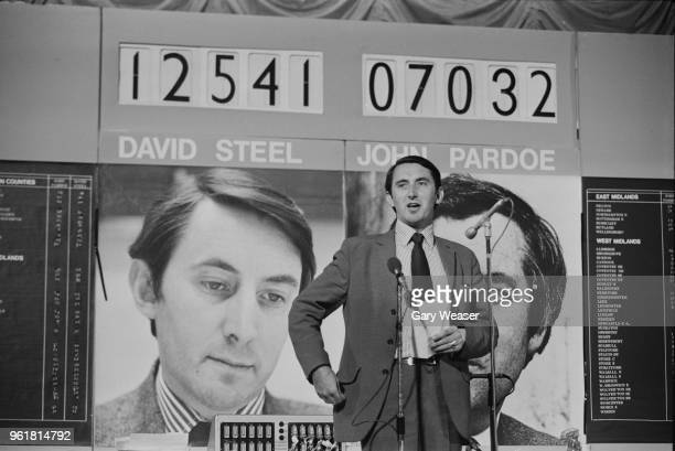 British politician David Steel beats John Pardoe to become Leader of the Liberal Party 7th July 1976 He is pictured at the Poplar Civic Centre in...