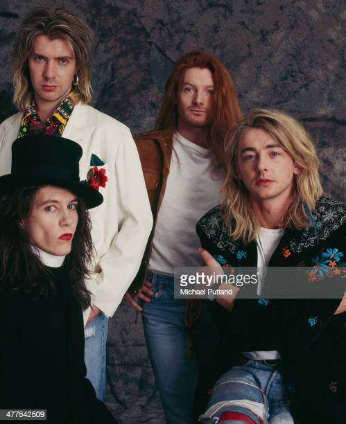 British pop and rock band It Bites 1989 Band members are guitarist and singer Francis Dunnery drummer Bob Dalton keyboard player John Beck and and...