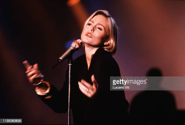 British pop singer Patsy Kensit performing in Rome, Italy, 1987.