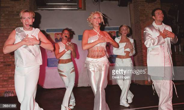 British pop stars Ian 'H' Watkins Lisa Scott Lee Faye Tozer Claire Richards and Lee Latchford Evans of the pop group 'Steps' perform on stage at the...
