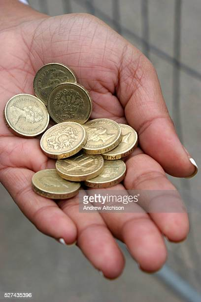 one pound coin ストックフォトと画像 getty images