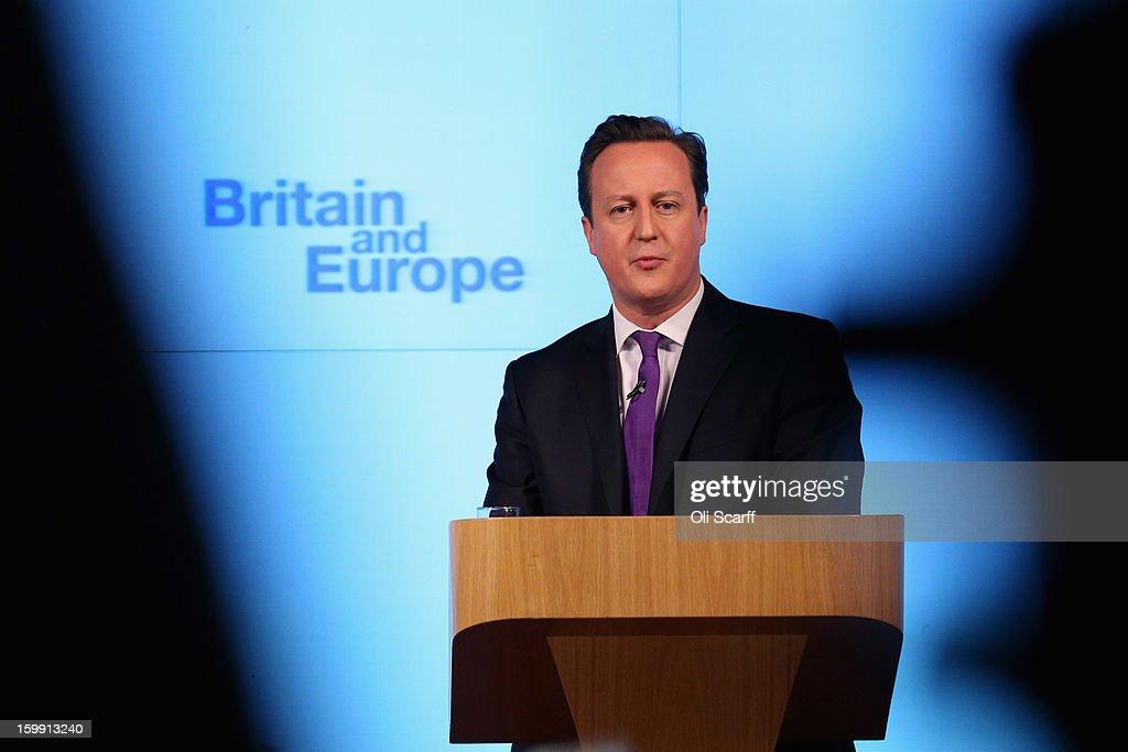 Prime Minister David Cameron Makes Speech On The UK's Position In Europe : Foto di attualità