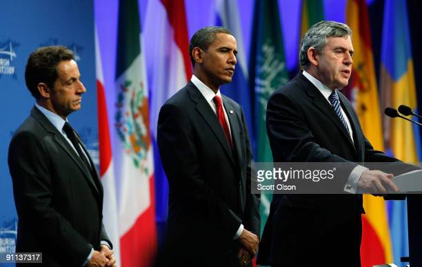 British Prime Minister Gordon Brown US President Barack Obama and French President Nicolas Sarkozy deliver a statement on Iran at the Lawrence...