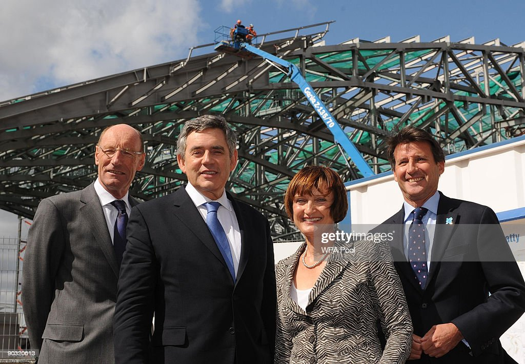 British Prime Minister Gordon Brown (2L) views the construction site of the London 2012 Olympics Aquatic Centre with Olympics Secretary Tessa Jowell, (2nd R), Chairman of the London Organising Committee for the Olympic Games Lord Sebastian Coe (R), and Chairman of the Olympic Delivery Authority John Armitt (L) on September 3, 2009 in London, United Kingdom. Prime Minister Gordon Brown arrives back after a torrid summer with the Cabinet gathering for the first time since parliament went into recess. Gordon Brown has played down talk of his attendance to a televised debate between party leaders in the run up to a General election, saying it is not the time for such discussions as the country is not at the point of a general election.