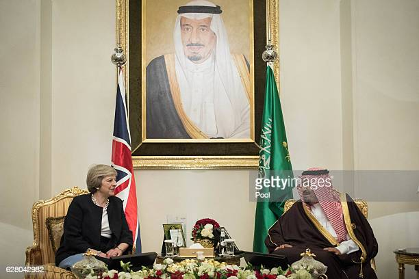 British Prime Minister Theresa May meets King Salman bin Abdulaziz al Saud of Saudi Arabia on December 6 2016 in Manama Bahrain Prime Minister May is...