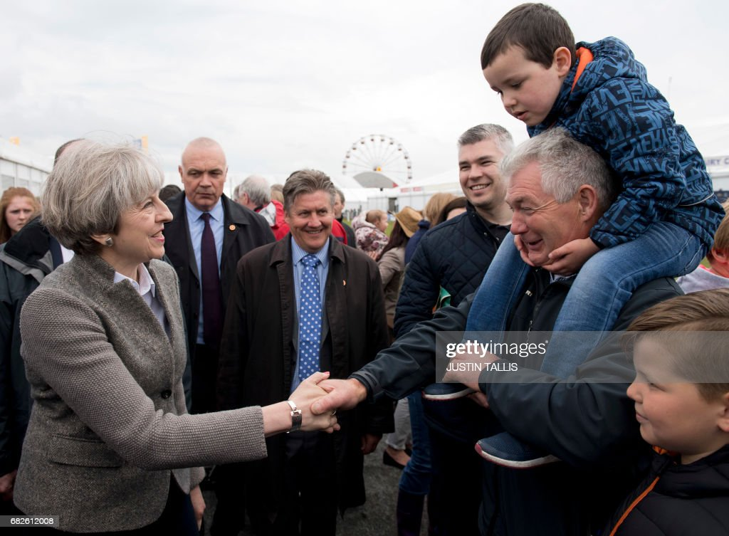 BRITAIN-POLITICS-VOTE : News Photo