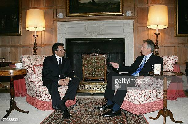 British Prime Minister Tony Blair talks to Pakistan President Pervez Musharraf at Chequers September 28 2006 near Princes Risborough England The two...