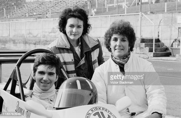 British racing driver Damon Hill on his JM14 Formula Ford 2000 with his wife Susan George and his mother Bette Hill at the qualifications for the BBC...