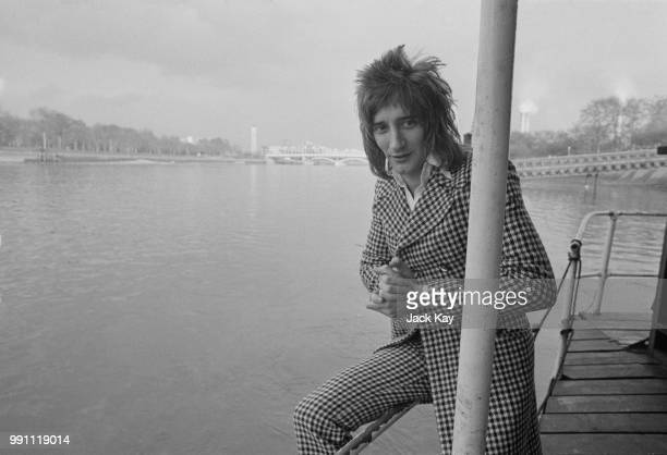 British rock singer and songwriter Rod Stewart awarded by 'Disc' magazine 'Top International Vocalist' London UK 15th February 1973