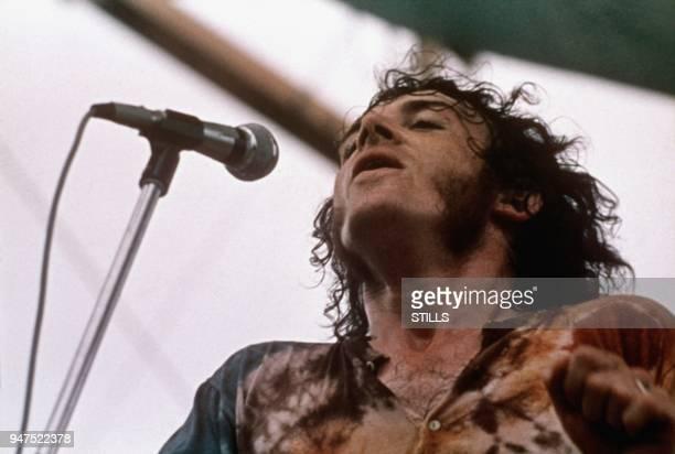 WOODSTOCK USA British rock/blues singer Joe Cocker at Woodstock music festival on August 1969