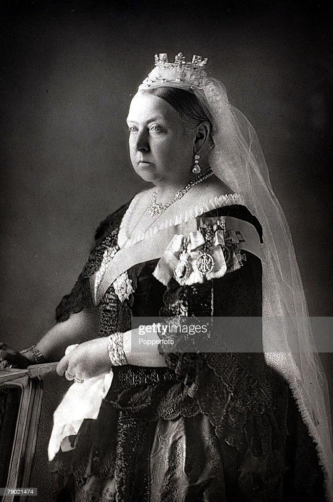 In Focus: Queen Elizabeth II Becomes The Longest Serving British Monarch In History