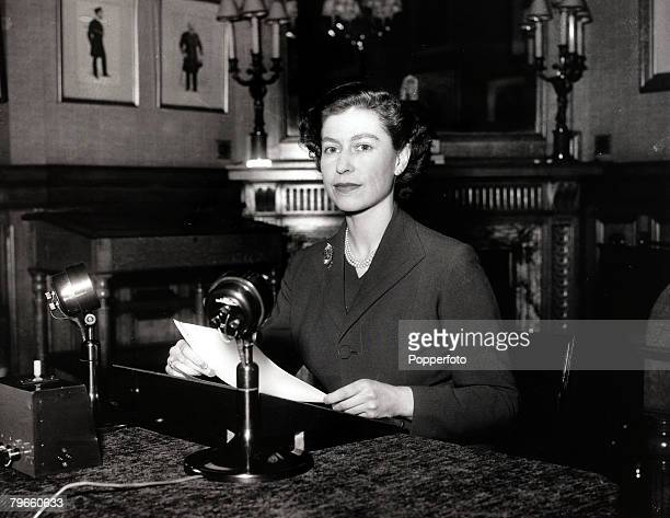 British Royalty 25th December 1952 HMQueen Elizabeth II making her first Christmas broadcast from her Sandringham holiday residence