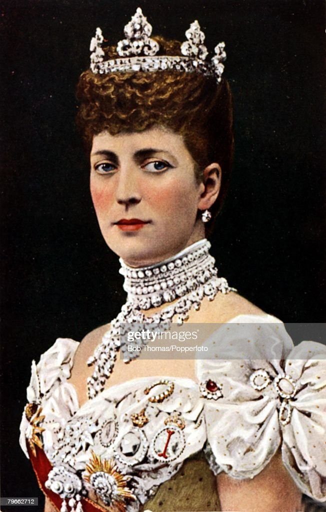 British Royalty, Circa 1905, H,M,Queen Alexandra wife of King Edward VII of Great Britain : News Photo