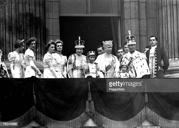 British Royalty, London, England, 12th May 1937, The Coronation of King George VI and Queen Elizabeth shows the scene on the balcony of Buckingham...
