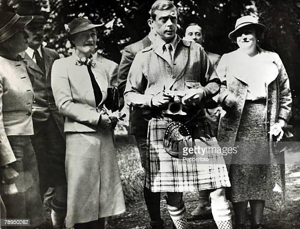 18th September 1937 The Duke and Duchess of Windsor pictured in Czechoslovakia The Duke of Windsor was to become King Edward VIII for a short while...