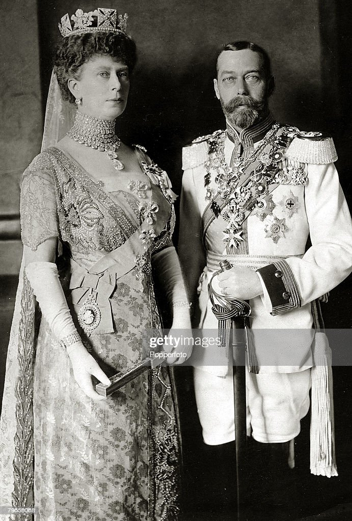 British Royalty, pic: 1913, HM,King George V and his Consort Queen Mary pictured in Berlin where they were attending the wedding of Kaiser Wilhelm II's only daughter, The King is wearing the uniform of a German Cuirassier, King George V, (1865-1936) reign : News Photo
