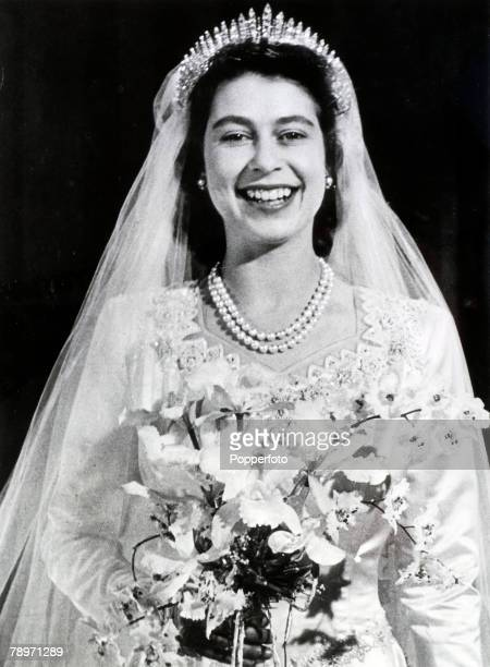 20th November 1947 Buckingham Palace London The wedding of Princess Elizabeth and the Duke of Edinburgh showing the Princess looking radiant after...