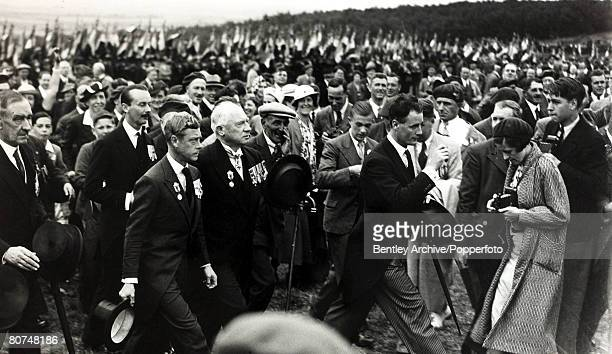 26th July 1936 London HRHKing Edward VIII arriving for the unveiling of the Vimy Ridge Memorial in Northern France King Edward VIII was King in only...