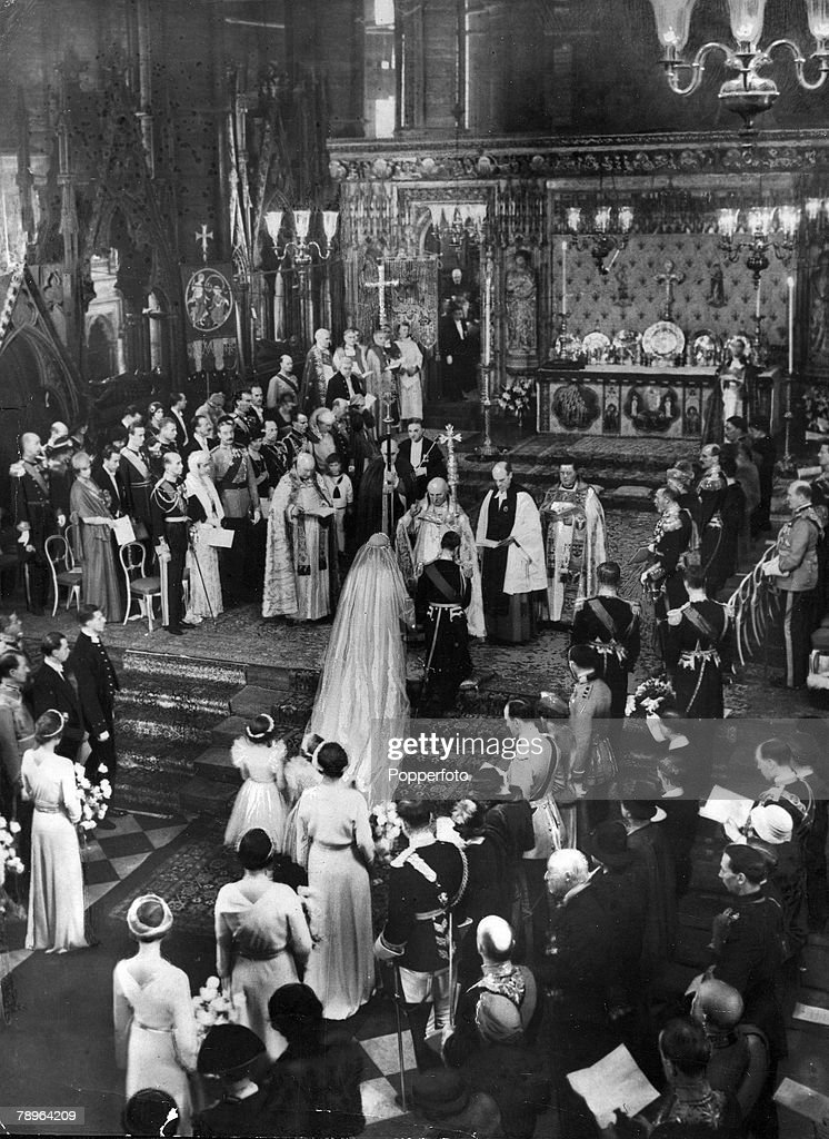 British Royalty. pic: 1934. The wedding of HRH.The Duke of Kent to HRH. The Princess Marina of Greece, at Westminster Abbey, London. : News Photo