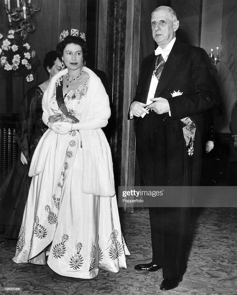 British Royalty, pic: April 1960, London, HM, Queen Elizabeth with French President General Charles De Gaulle as they arrive at Covent Garden Opera House for a gala conference : News Photo