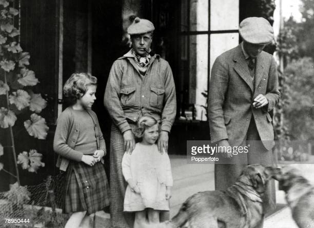 circa 1935 HRH Edward The Prince of Wales with his brother the Duke of York and the Duke's children Princess Elizabeth and Princess MargaretThe...